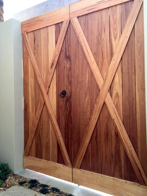 Garden doors - front