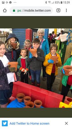 Enrichment 1 - planting spring bulbs