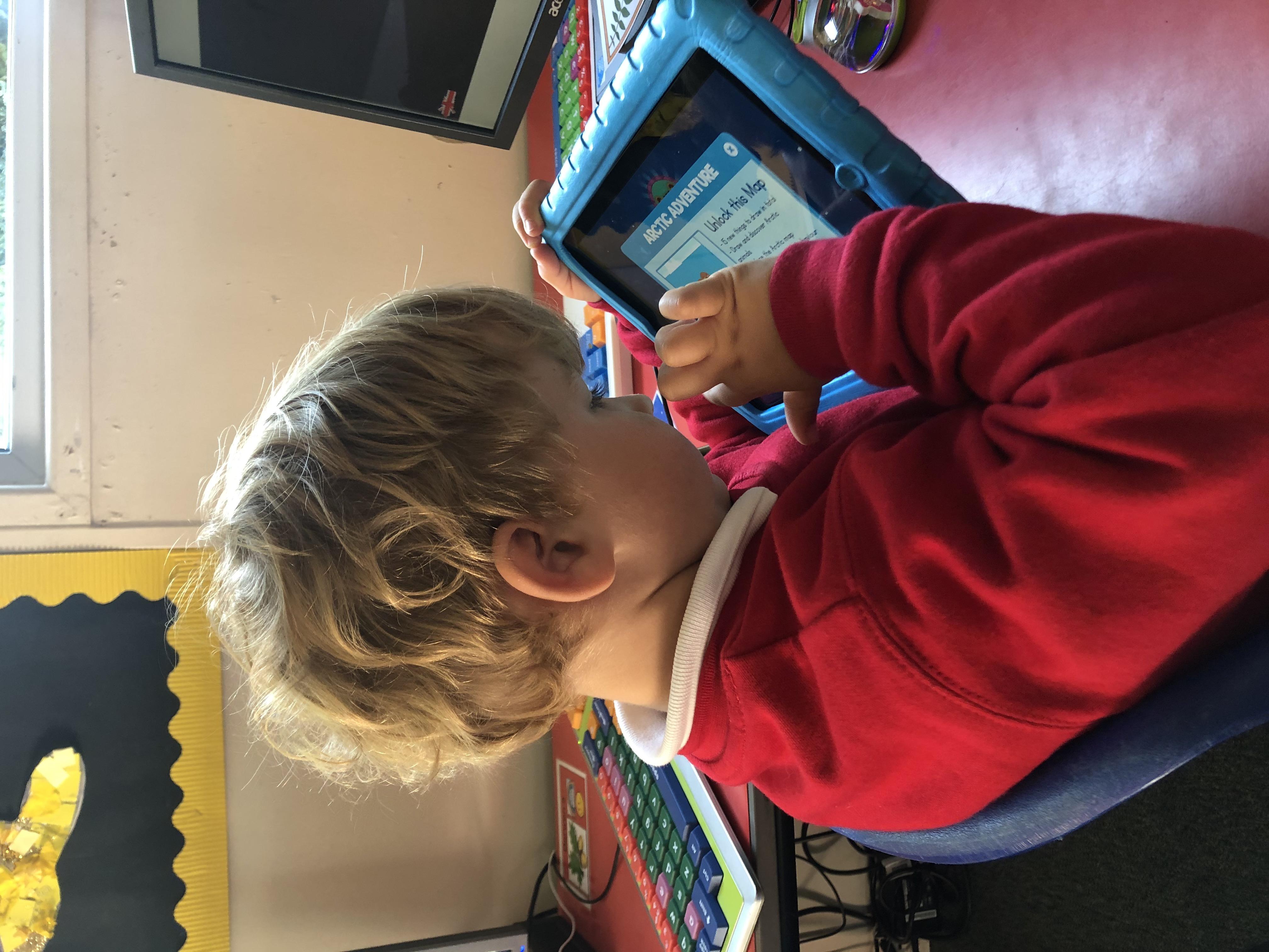 Chwarae ar yr iPad