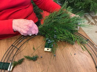 3 Easy Steps for Making a Wreath with Live Greens