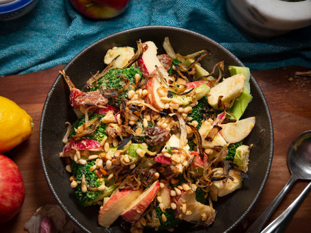Crunchy Apple Broccoli Salad