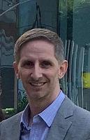 Dr. Gustavo Furas