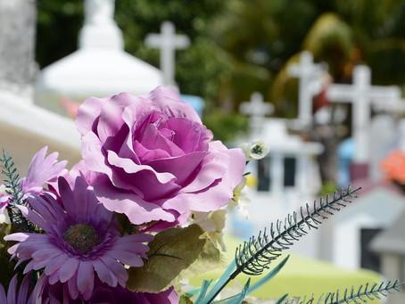 ¿Cuánto cuesta un entierro sin seguro?
