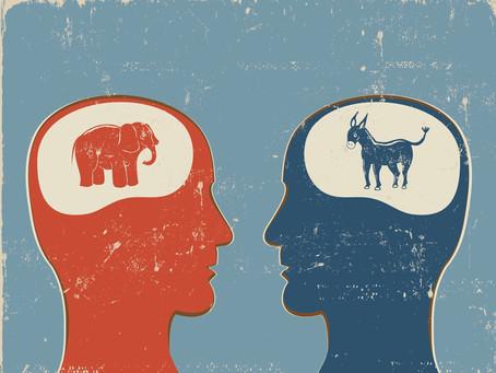 10 sesgos cognitivos que manipulan tu opinión sin que te des cuenta (y cómo evitarlos)