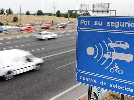 Detectores, inhibidores y avisadores de radar: ¿Cuáles son ilegales?