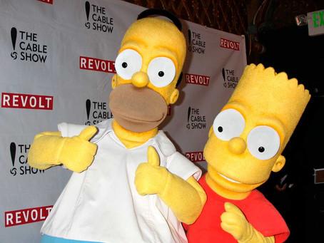 Multado por conducir suplantando a Homer Simpson