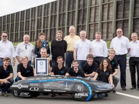 Un grupo de estudiantes alemanes crea el vehículo más eficiente del planeta