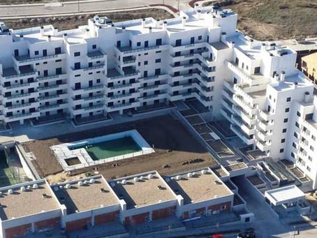 Una modesta cooperativa de 80 pisos demuestra que otra forma de construir es posible