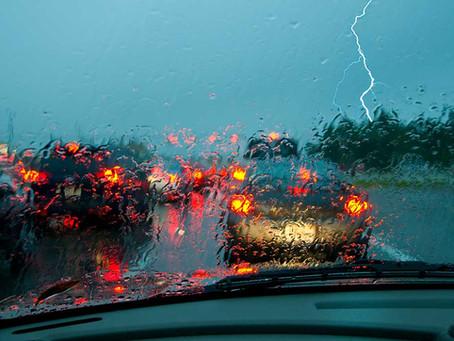 Ojalá y tengas que preparar tu coche contra la lluvia