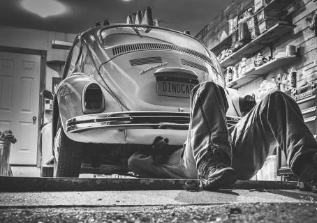 ¿Cuánto te cuesta el mantenimiento de tu coche?