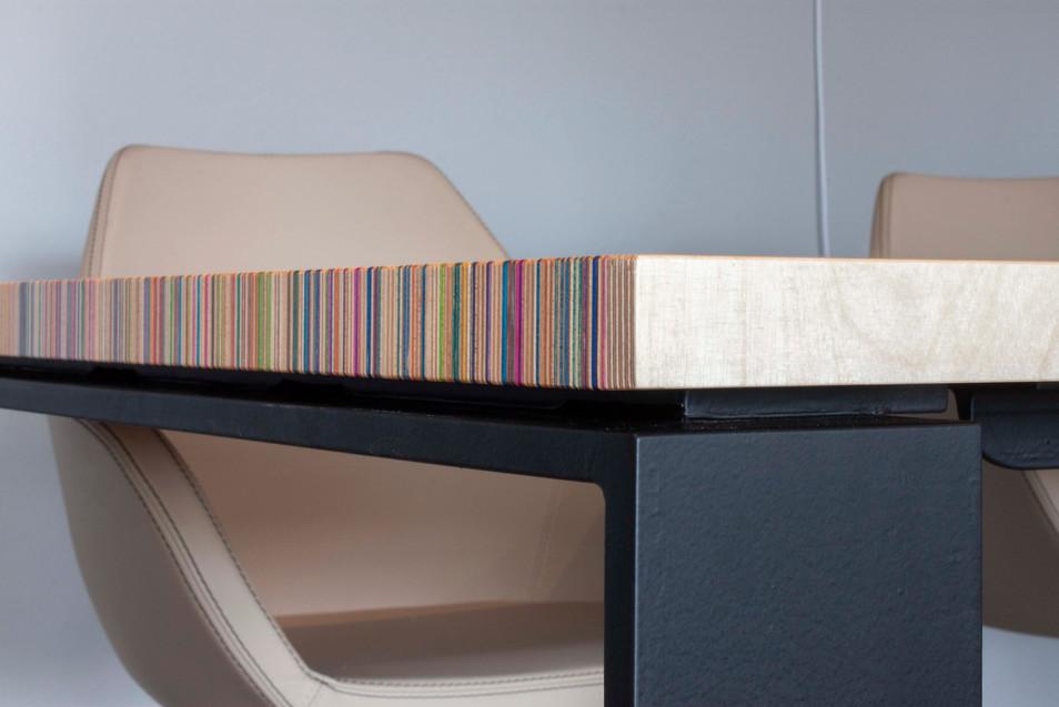 SBF 280 Tisch