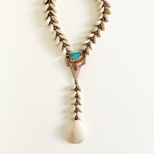 """Otodus """"Y"""" necklace (short)"""