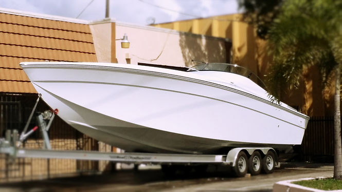Fuel Efficient Monohull Boat no step hull