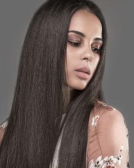 Mujer con el pelo Prensa