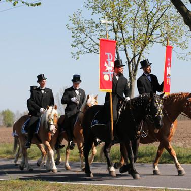 Prozession Wittichenau 2019 | Osterreiter reiten von Wittichenau nach Ralbitz |