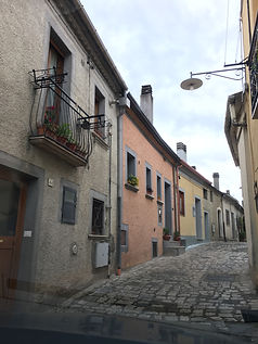 Pignole cobblestone street