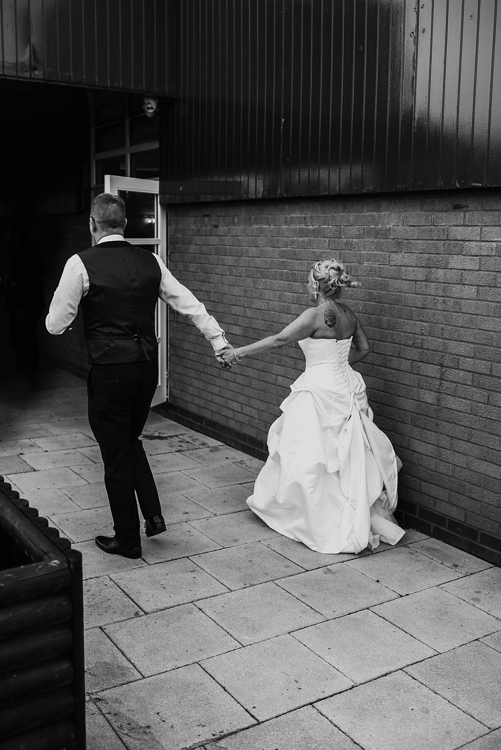 documentary style wedding photography Coventry Warwickshire Kenilworth