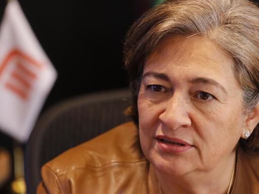 Finalmente se va Florencia Serranía nuevo director es Guillermo Calderón Aguilera
