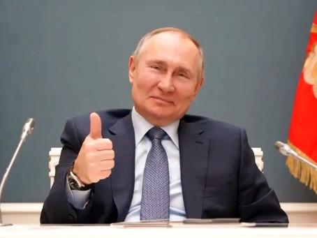 Putin manda a todos de vacaciones para parar pandemia