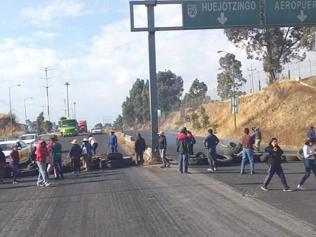 Liderazgos de plantón en carretera México - Puebla con procesos legales pendientes