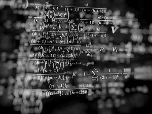 math-work-4711302_1920.jpg