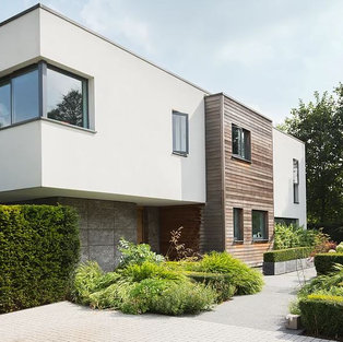 Contemporary New build