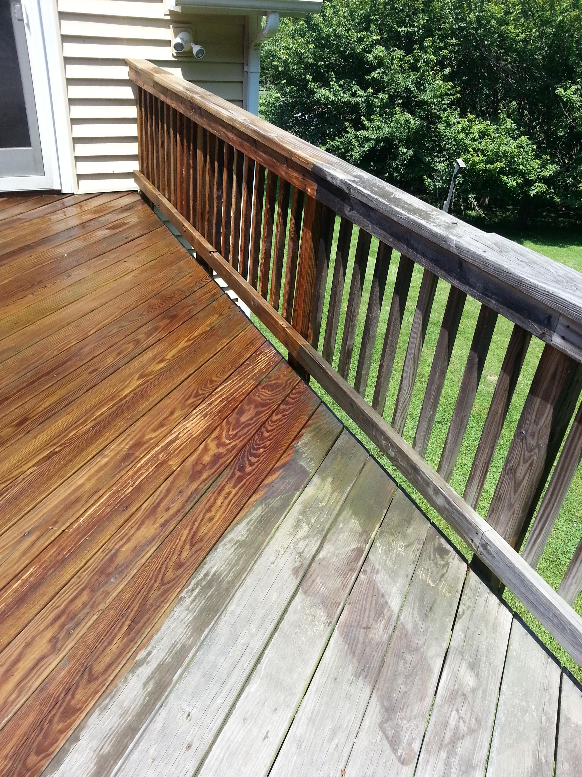 Deck Power Wash/Restoration