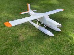 3d printed rc plane Pilatus Porter on floats