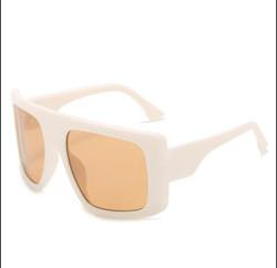 No Name Sunglasses (White)