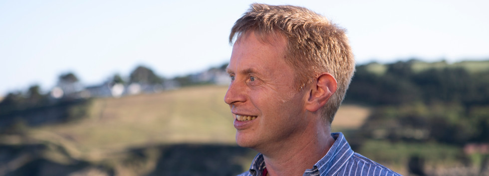Dr Mark Crouse