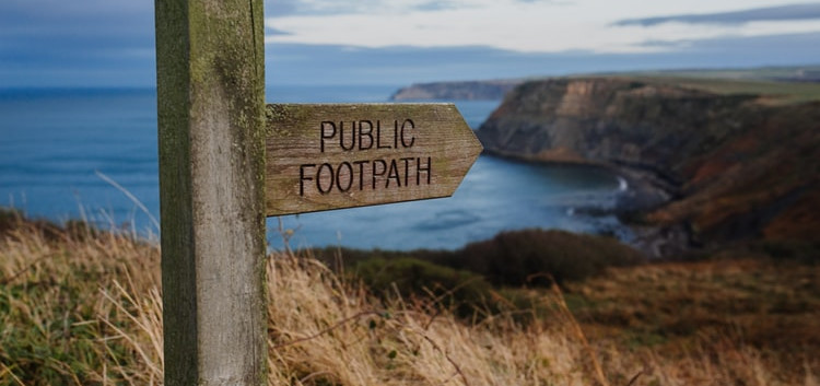 Footpath- free outdoor gym