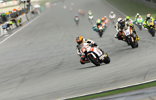 Gino Rea Leading at Moto2 Sepang