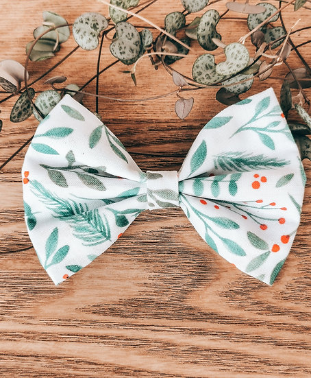 Foliage and Berries Bow Tie