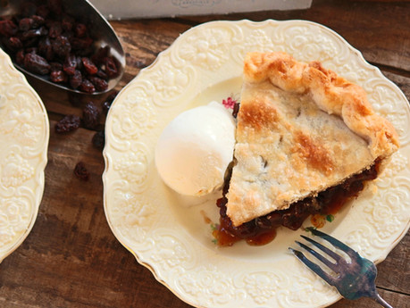 Old Time Raisin Pie