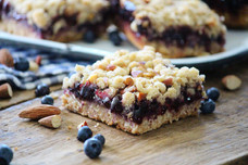 Blueberry & Almond Crunch Streusel Bars