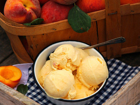 Summer Peach Ice Cream