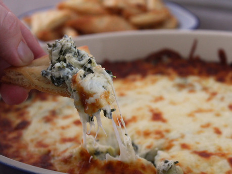 Spinach & Artichoke Dip w/ flatbread crisps