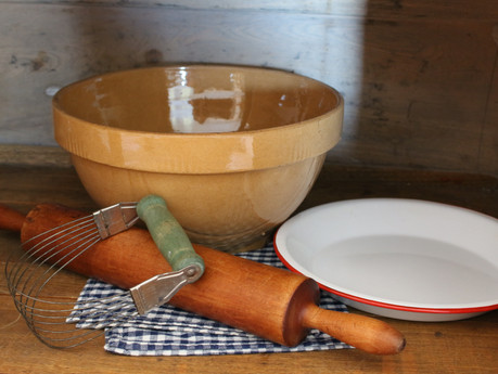 Winner of the Vintage, Pastry Making Kitchen Tools Giveaway!!