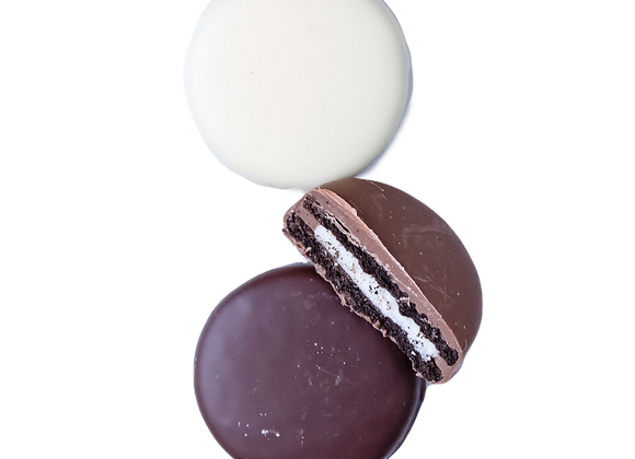 Chocolate Dipped Oreo