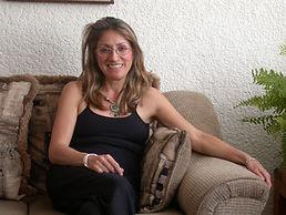 Dra. Claudia Lorena García Aguilar