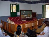 Ramanasram-meditation-room1.jpg