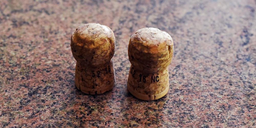 corks, celebration, prosseco