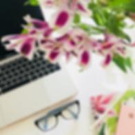 flores escritorio.png