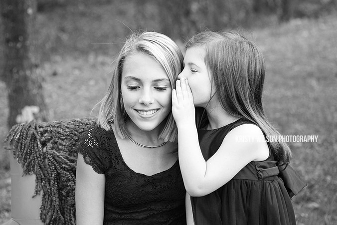 Sister Christmas Session | Indian Lake Park | Kristy Wilson Photography