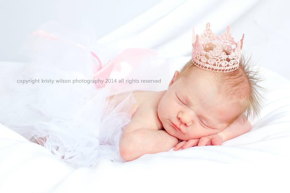 molly newborn.jpg
