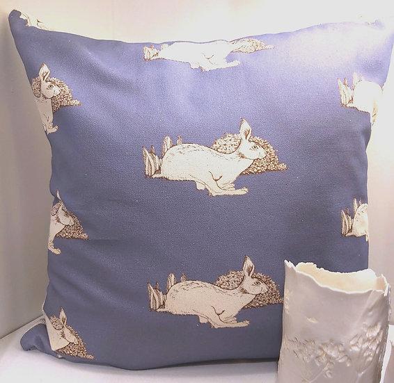 Hare Sprint Cushion