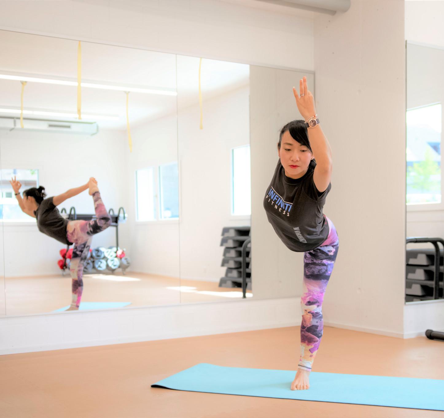 yoga flow im infiniti