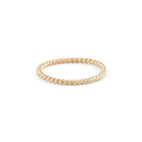 Braided Ring in Gold Delicate