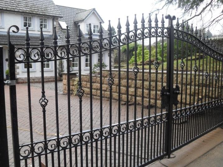 Crieff Style Gates