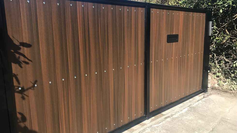 Trinity Style Composite Double Swing Gates